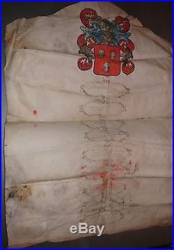 ARMOIRIES LE PENNEC. De Gueules à 3 Bustes de Femmes dArgent échevelées dOr. 1660