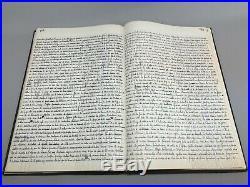Ancien cahier entièrement manuscrit entièrement consacré À lhistoire Du village
