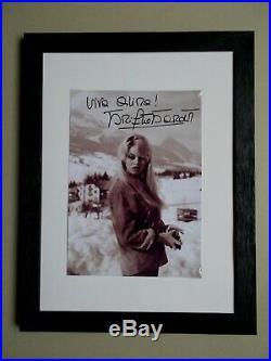 Brigitte Bardot. Autographe. Viva Olima