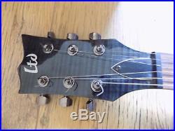 JOHNNY HALLYDAY Dédicace sur Guitare, HALLYDAY Autographe HALLYDAY unique, NOEL
