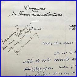 Jean Moulin transmet un document à son ami l'aviateur Maurice Bellonte