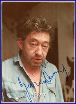 Serge Gainsbourg (1928-1991) Jolie photo originale signée à Paris Années 80