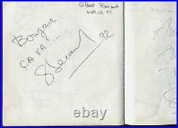 + de 100 Autographes et Dédicaces sur le Livre d'Or du Bar Resto La Tonnelle